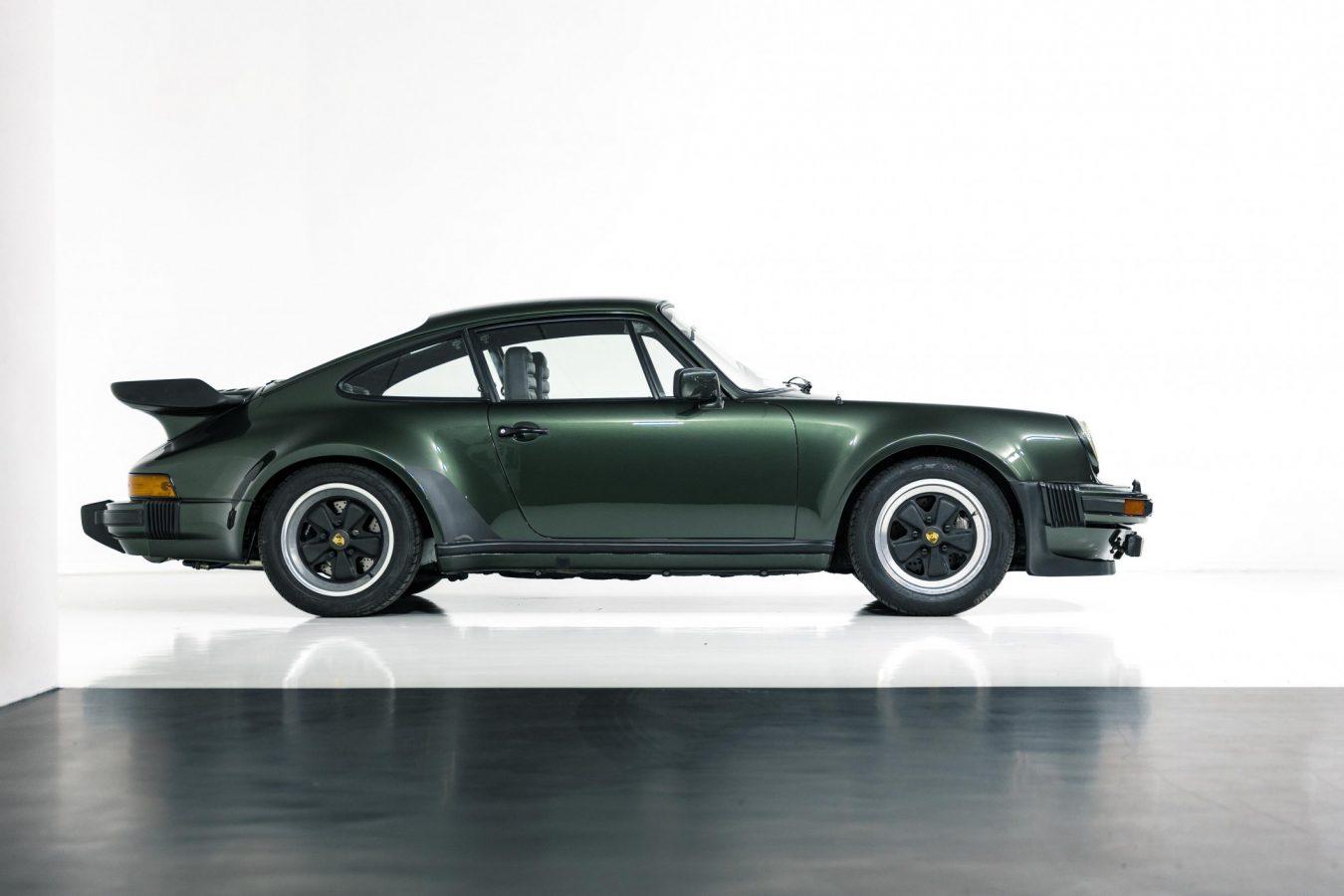 Porsche 911 Turbo Coupé 19