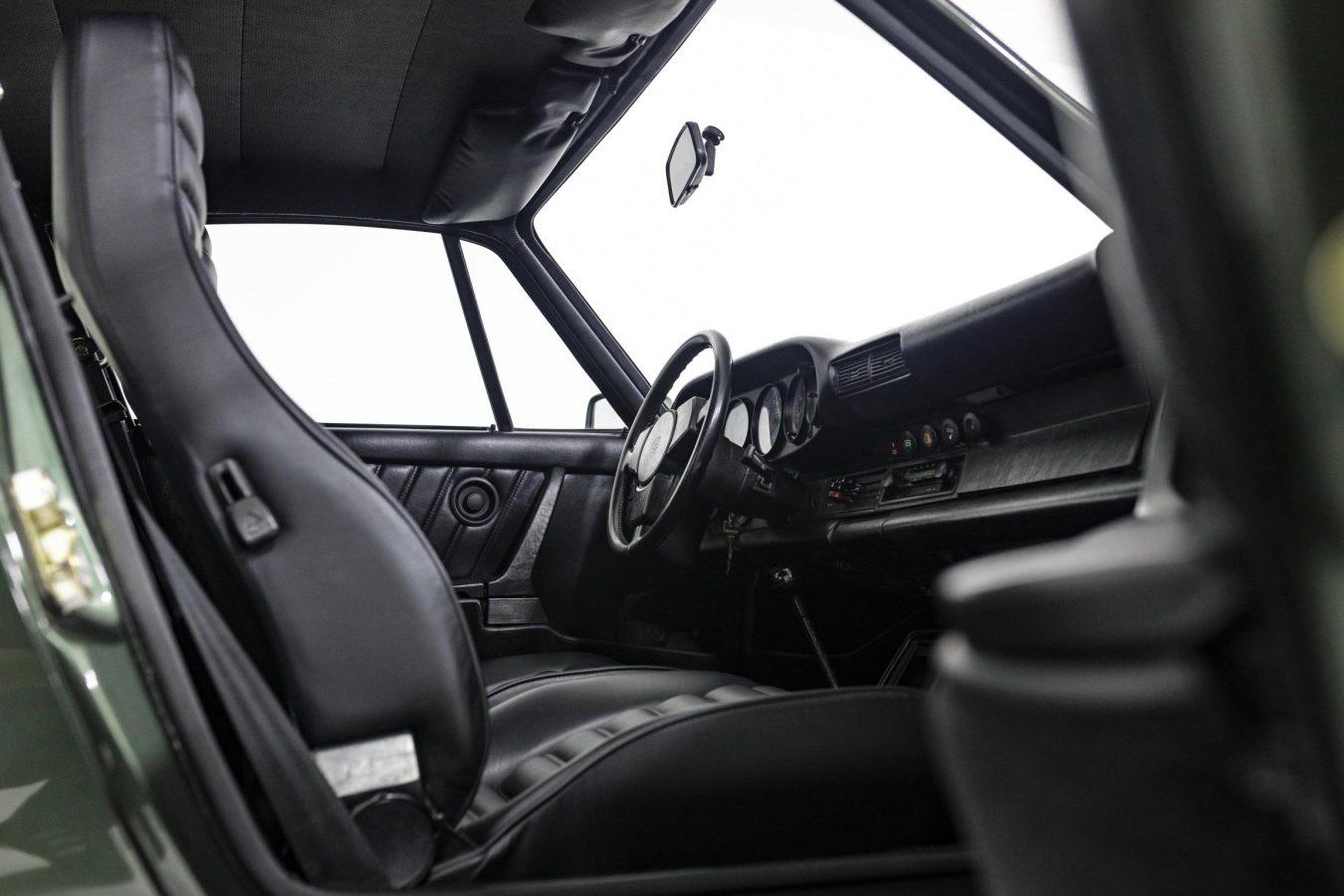 Porsche 911 Turbo Coupé 21