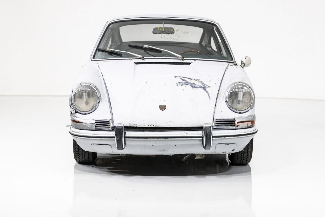 Porsche 911S Coupé 4