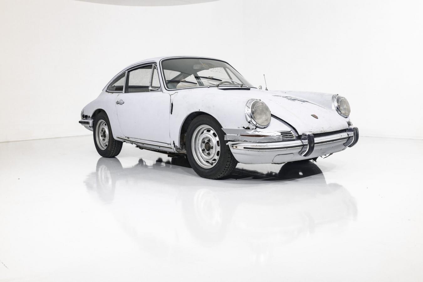 Porsche 911S Coupé 43