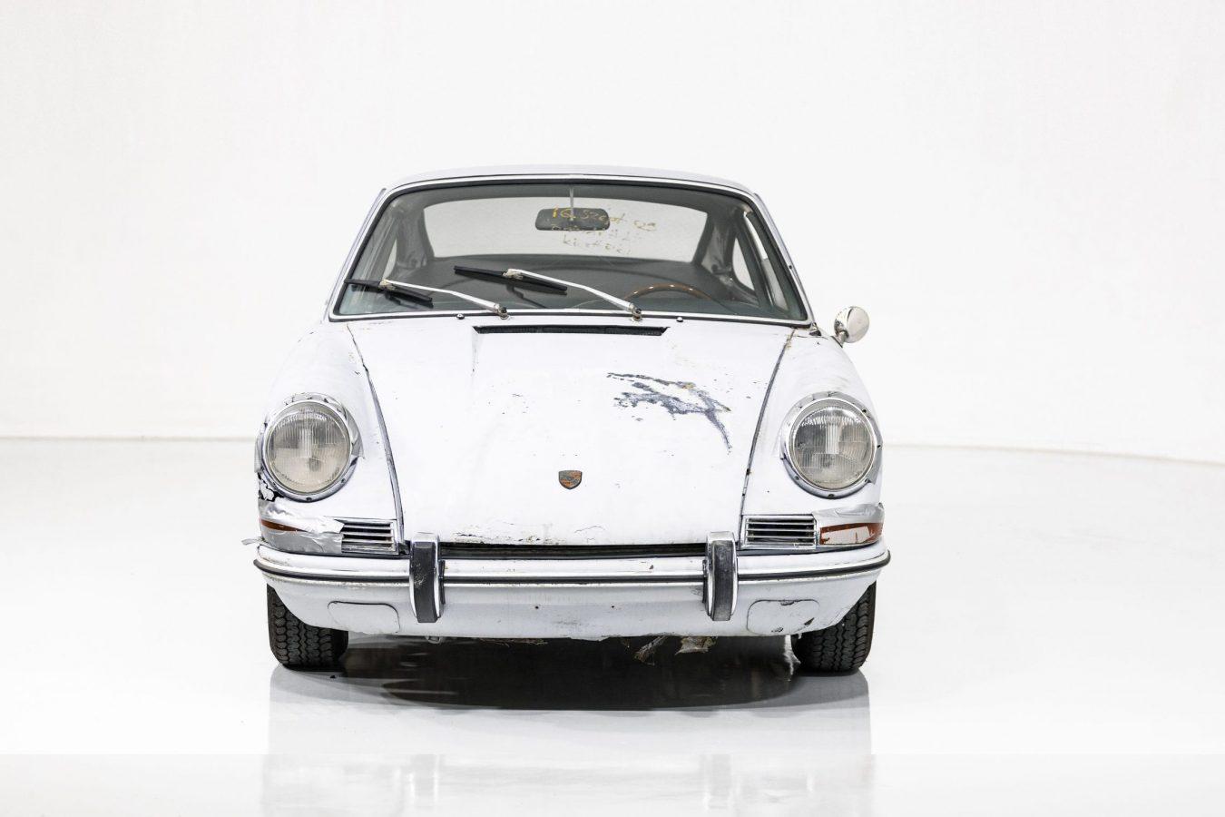 Porsche 911S Coupé 47
