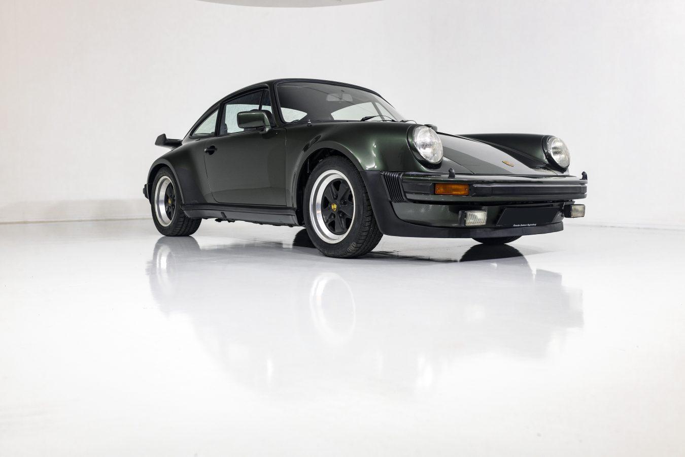 Porsche 911 Turbo 17