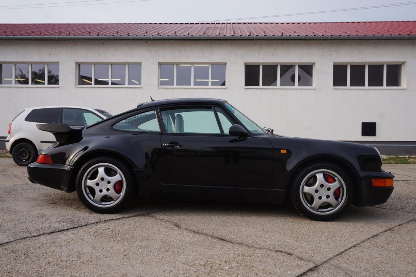Porsche 911 Turbo 30