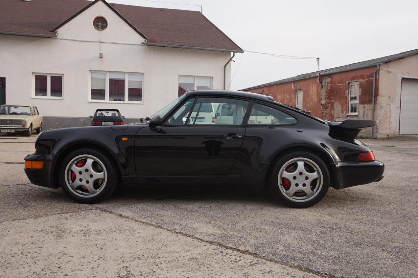 Porsche 911 Turbo 38