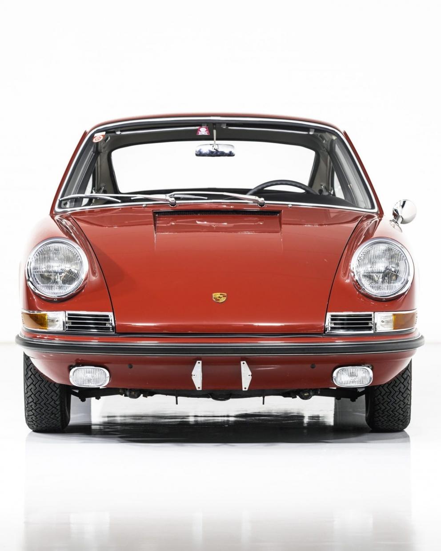 Porsche 911S Coupé 50