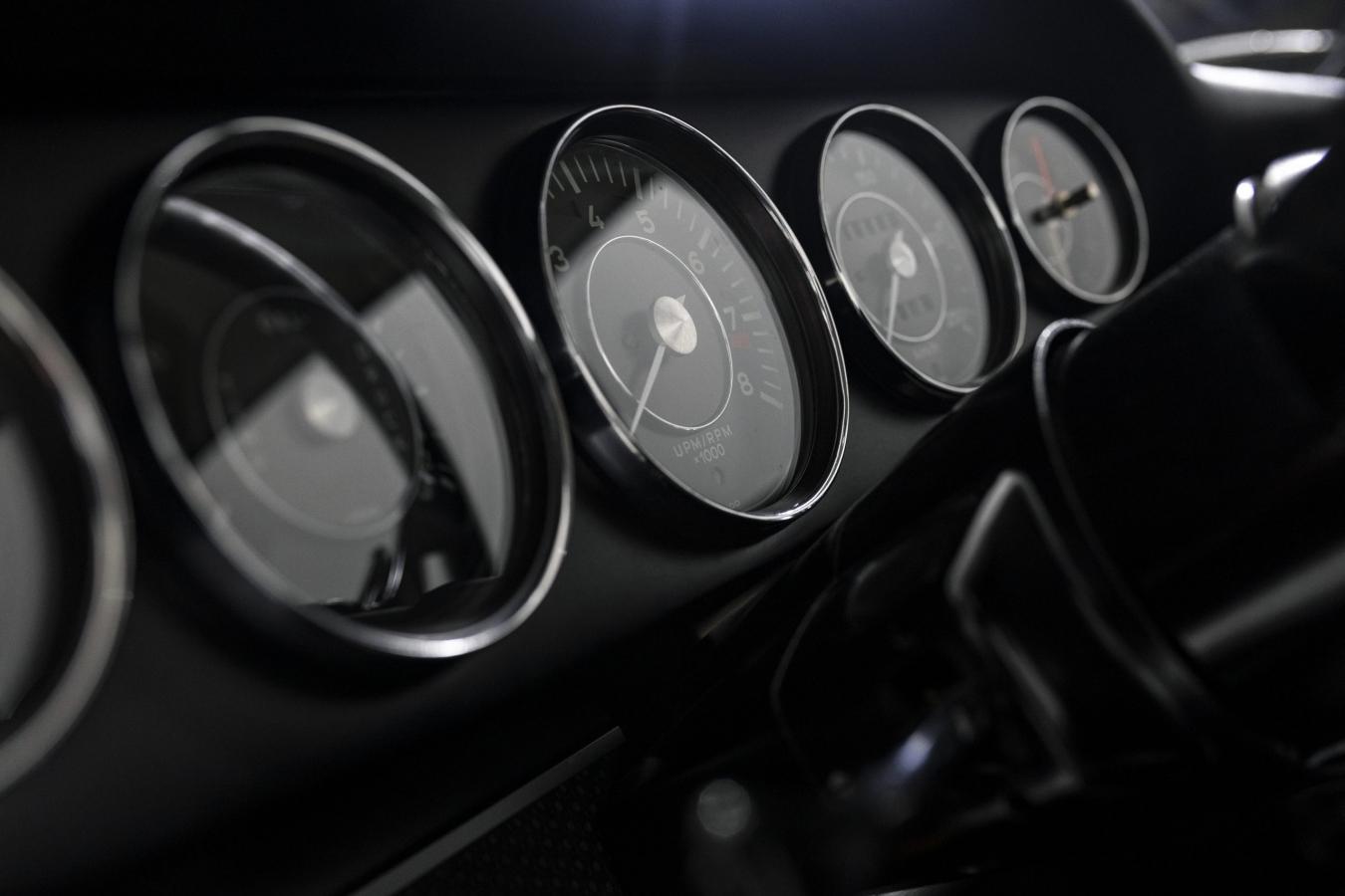 Porsche 911S Coupé 29