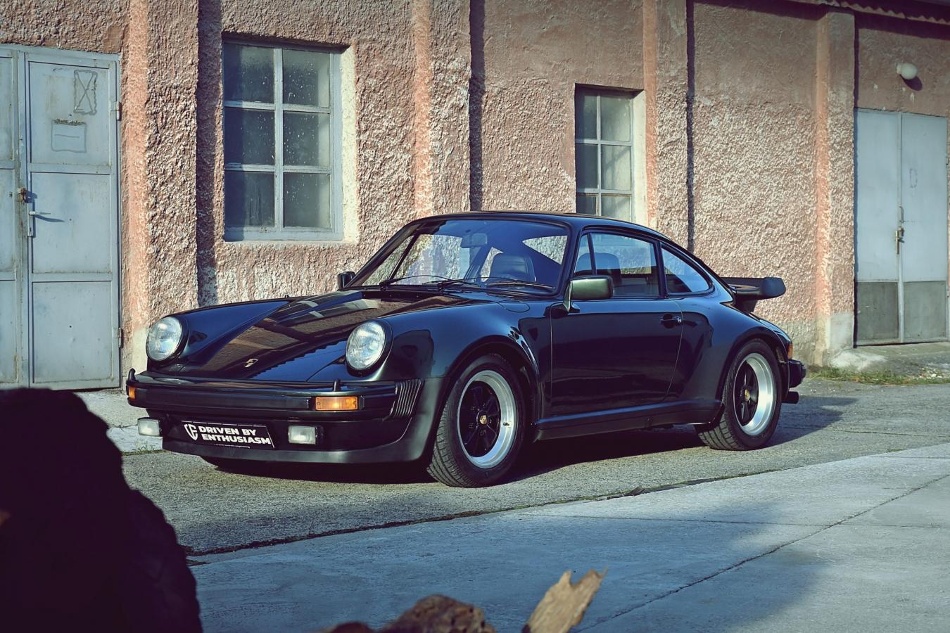 Porsche 930 Turbo 17