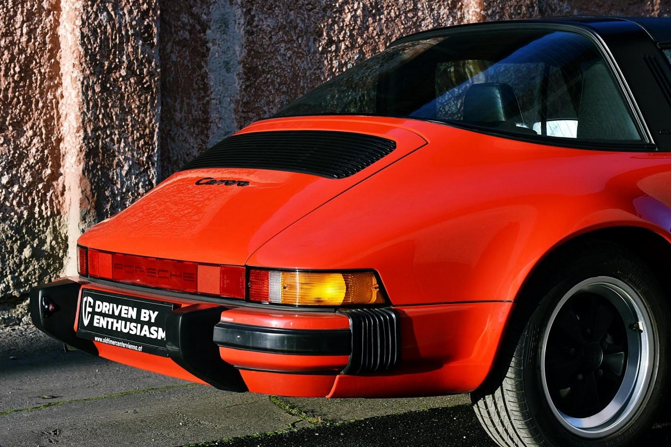 Porsche 911 Carrera Targa 35