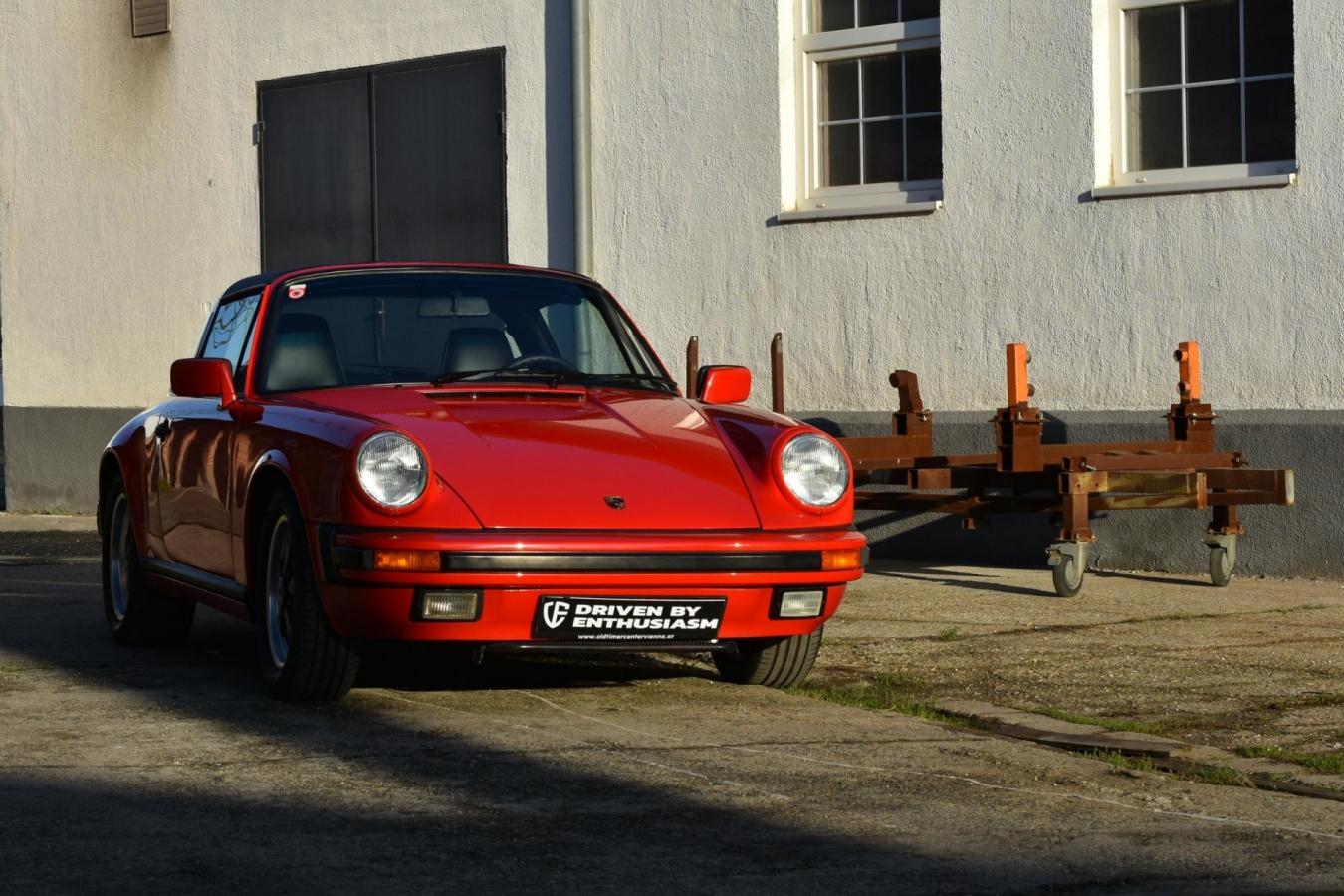 Porsche 911 Carrera Targa 41