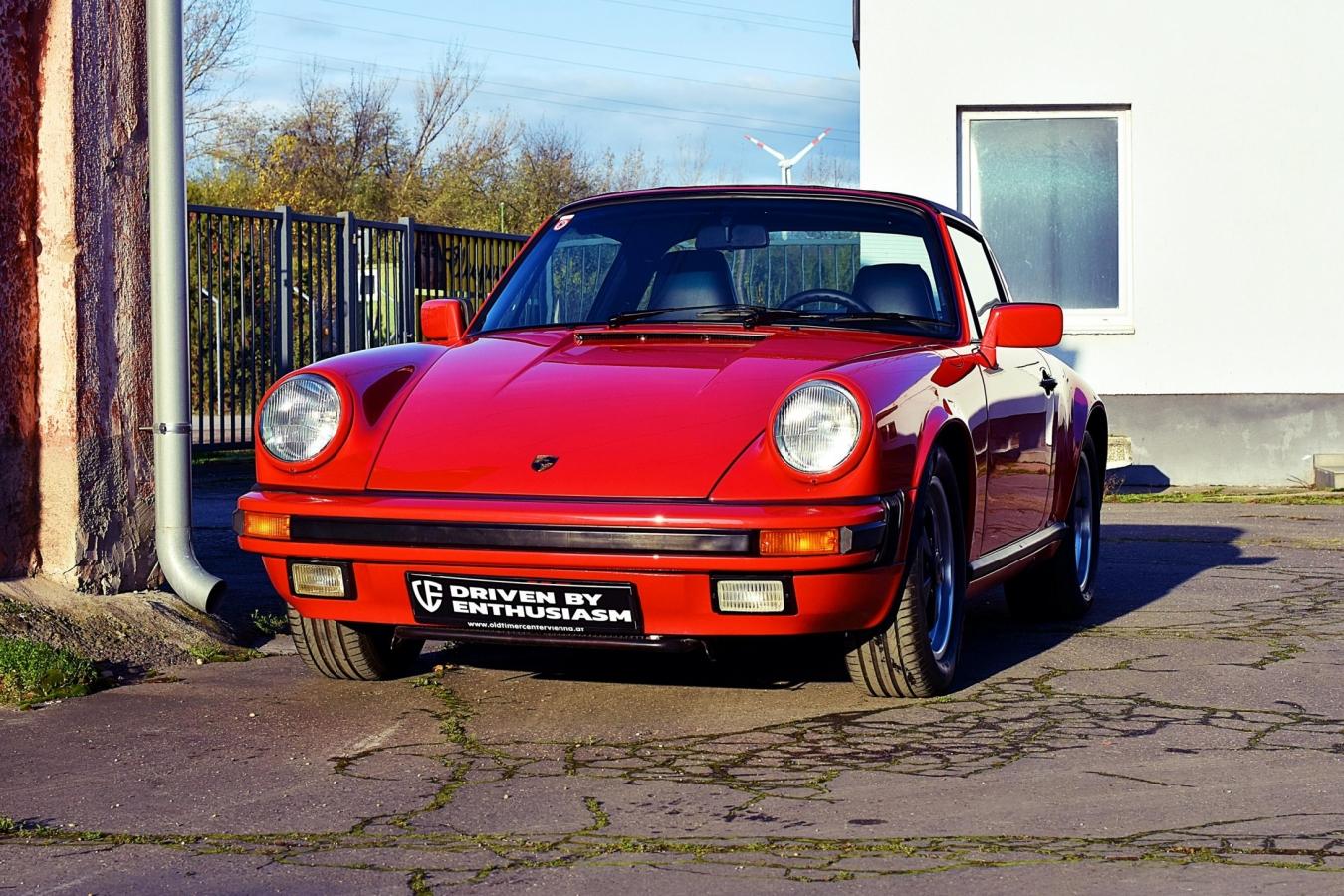 Porsche 911 Carrera Targa 42