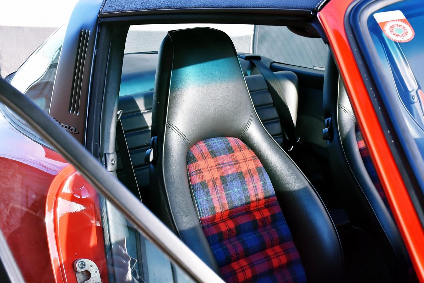 Porsche 911 Carrera Targa 46