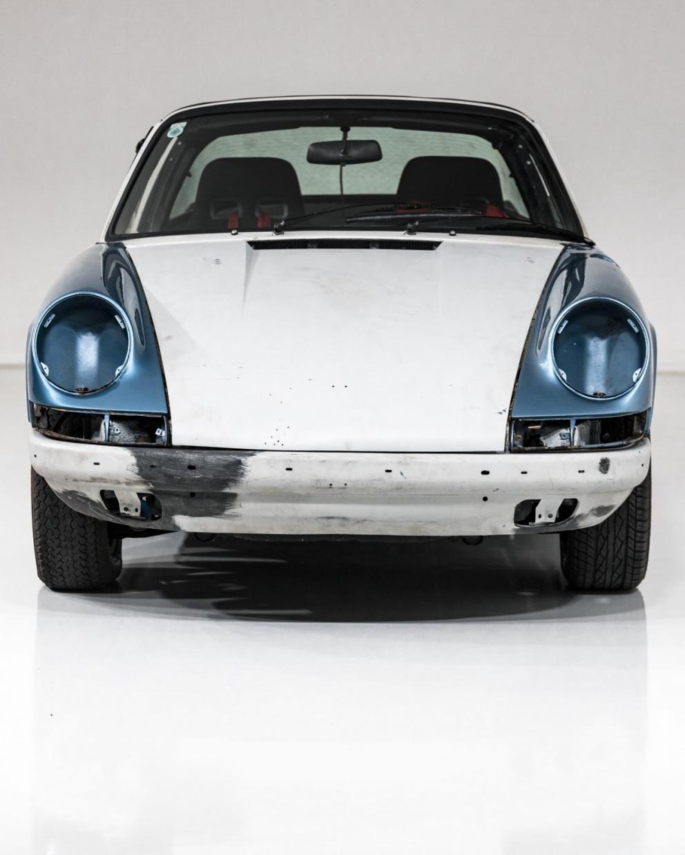 Porsche 911S Targa 11
