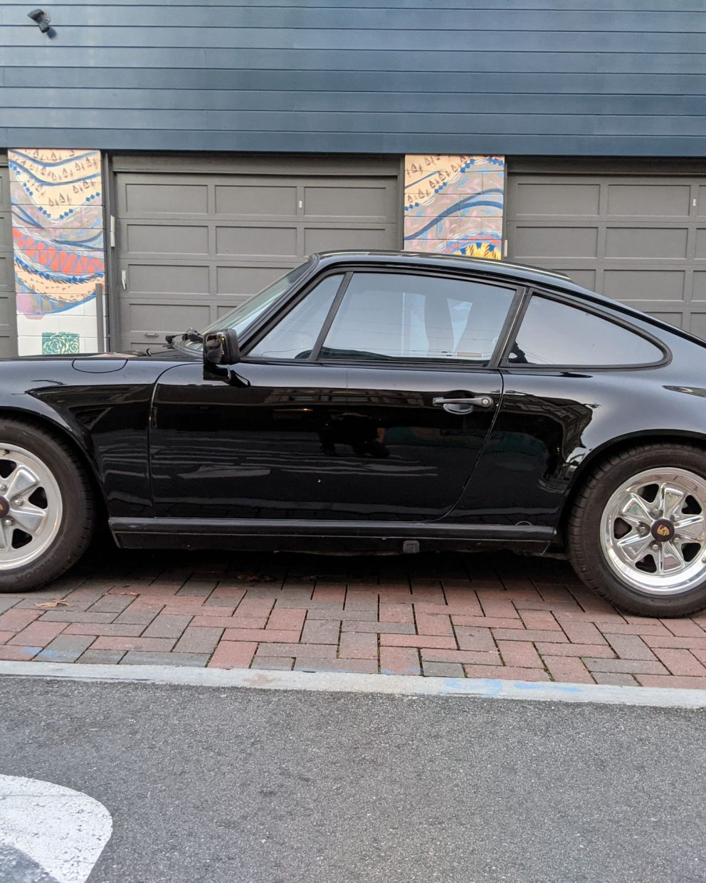 Porsche 911 Carrera Coupe 1985