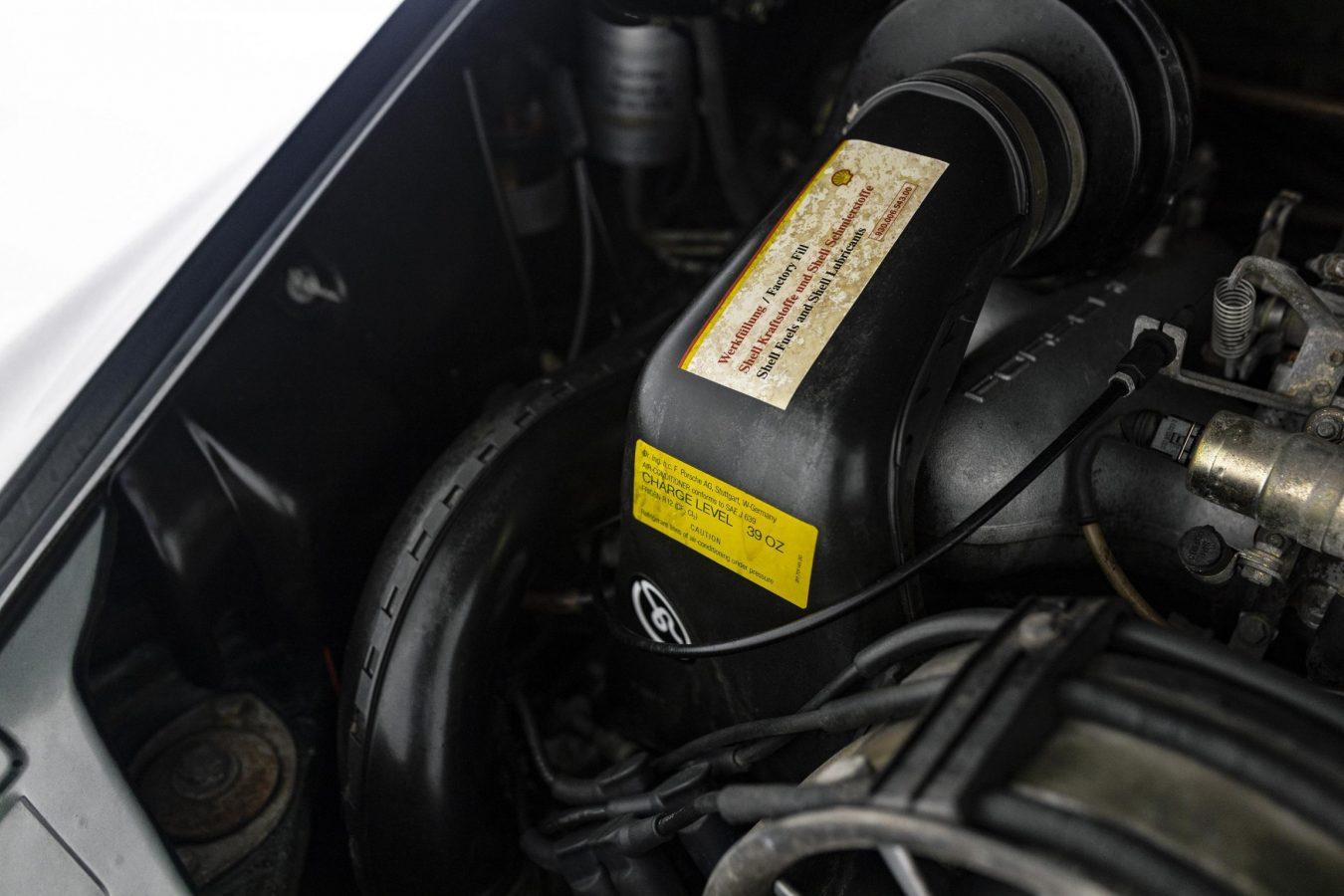 Porsche 3.2 Carrera Targa Moosgrün 42
