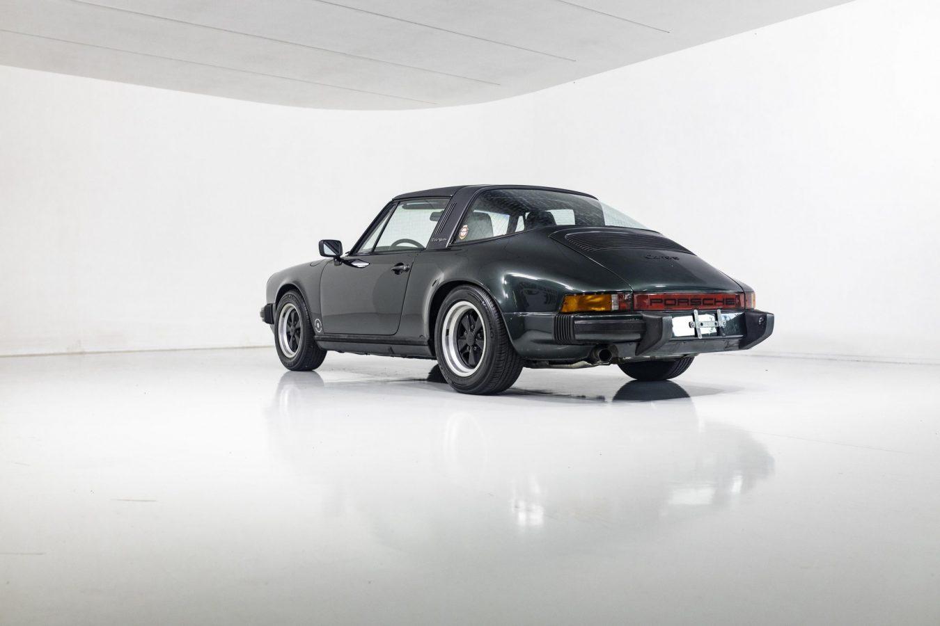Porsche 3.2 Carrera Targa Moosgrün 53