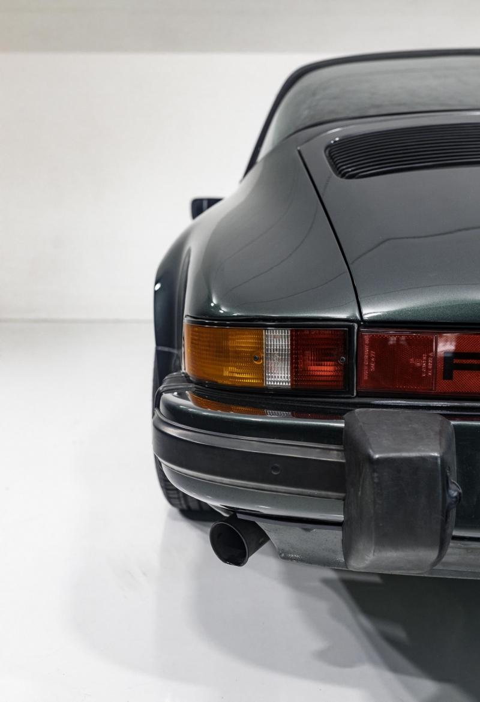 Porsche 3.2 Carrera Targa Moosgrün 55