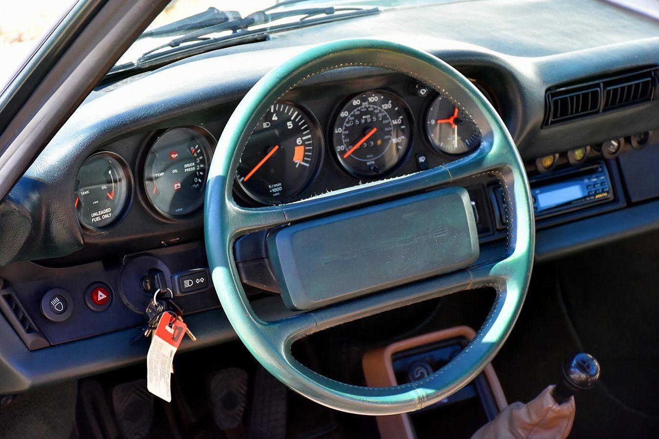 Porsche 3.2 Carrera Targa Moosgrün 14