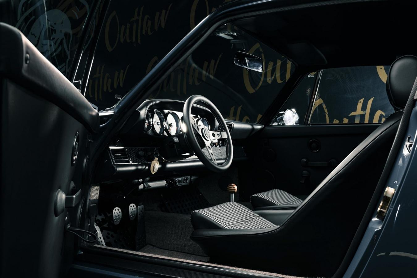 Porsche 911 Outlaw #2