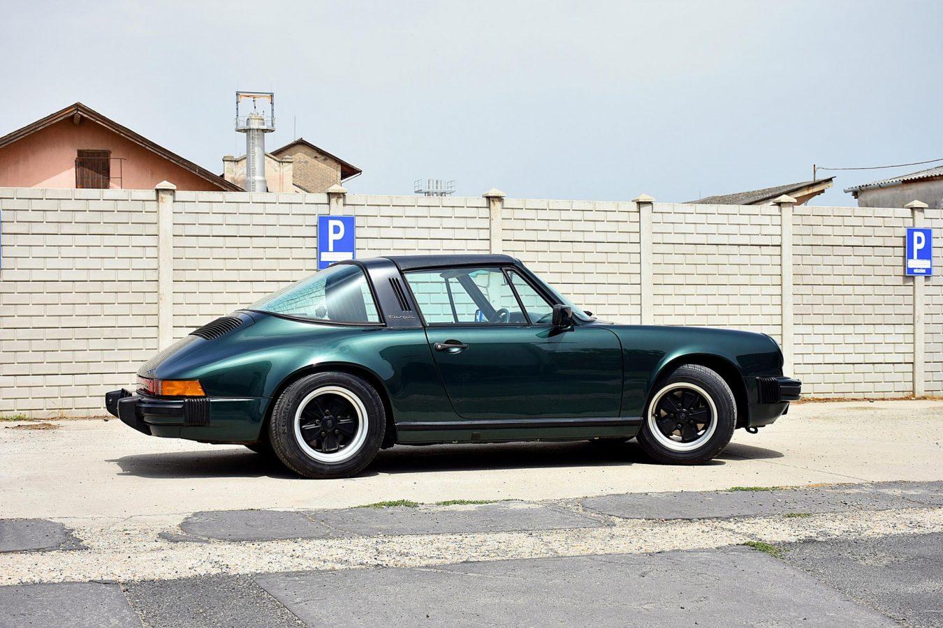 Porsche Carrera Targa 1985 30