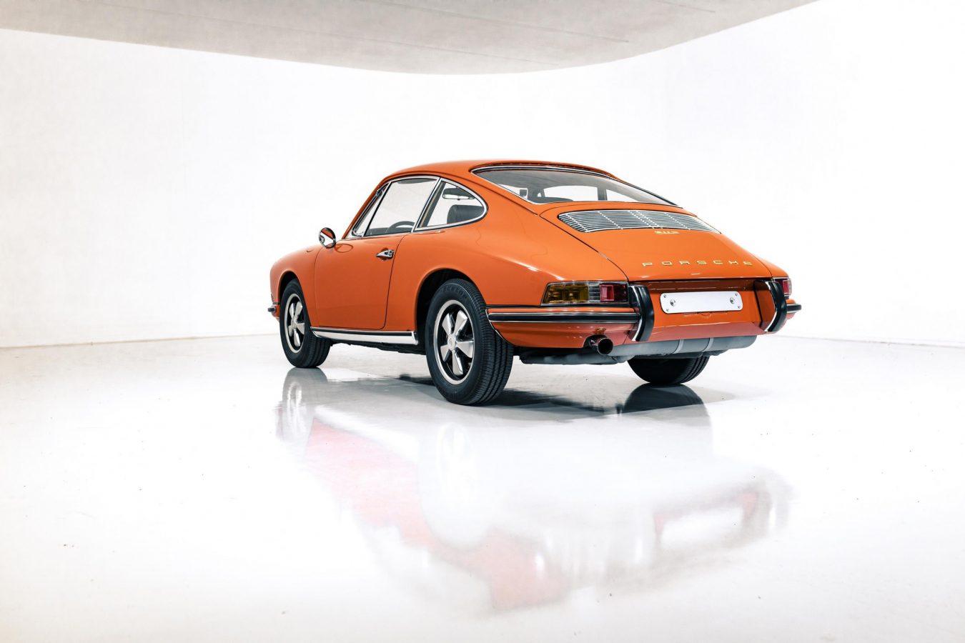 Porsche 911S Coupe