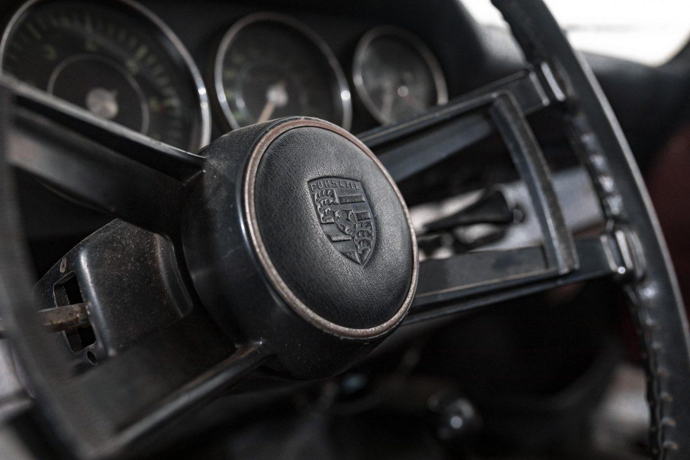 Porsche 912 Coupé 14