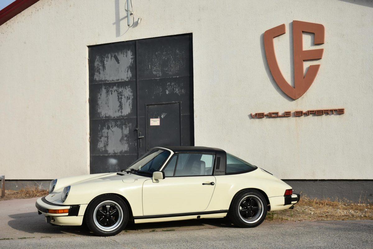 Porsche 911 3.0 SC 9