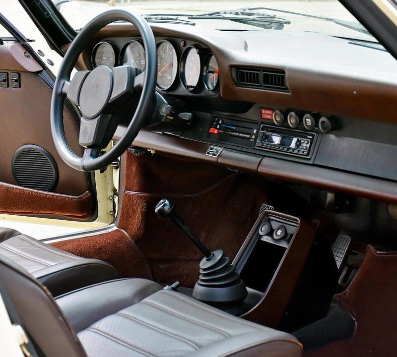Porsche 911 3.0 SC 21