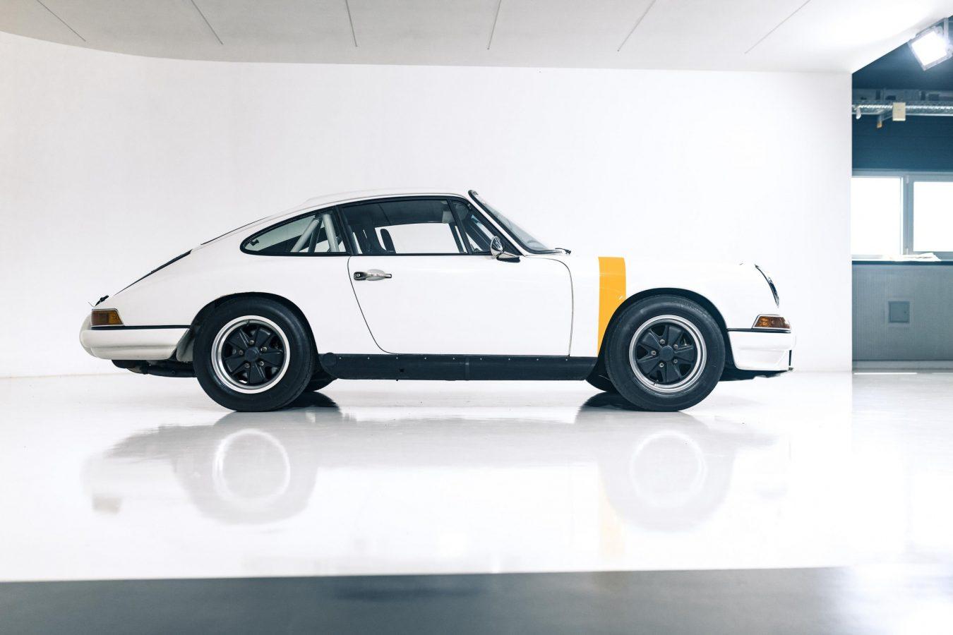 1976 Porsche 911 Rennfahrzeug 16